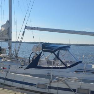 Enclosure Sail Boat2